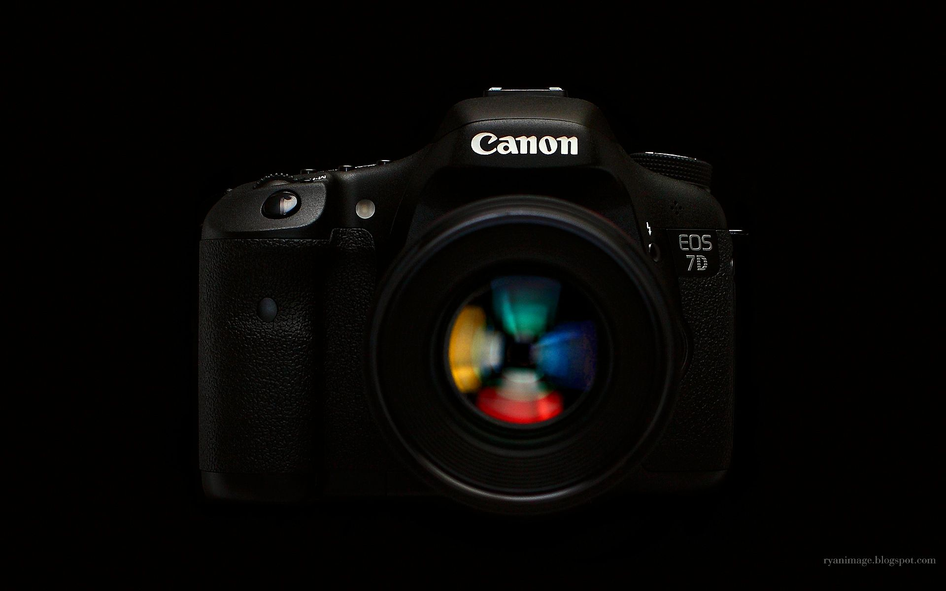 Canon Wallpapers