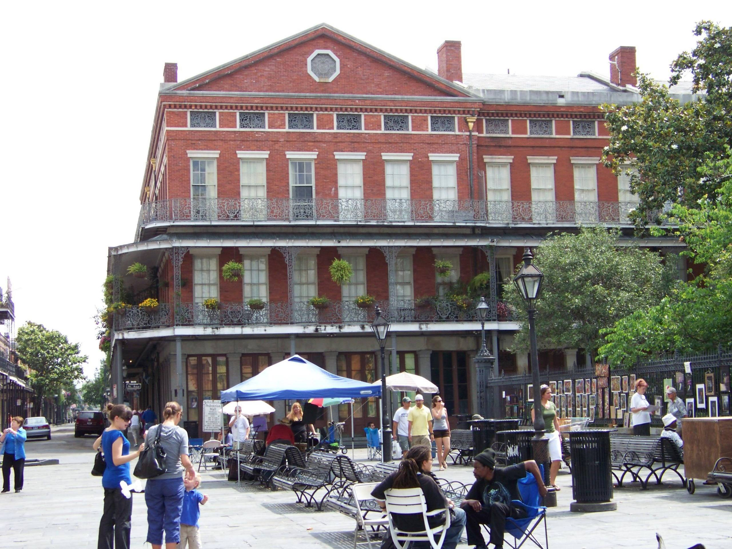 French Quarter Wallpapers