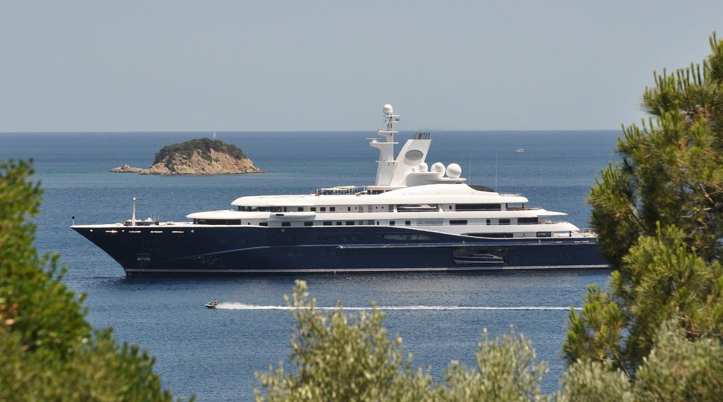 History Supreme Yacht Wallpapers