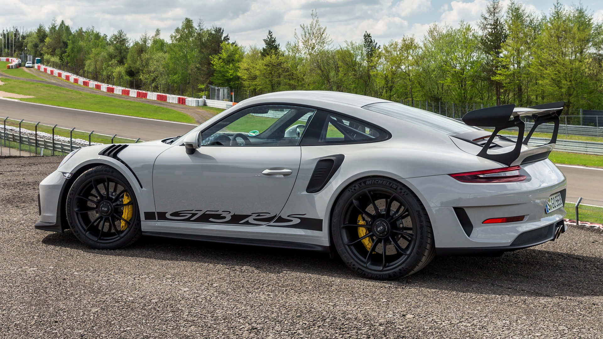 Porsche 911 GT3 RS Wallpapers
