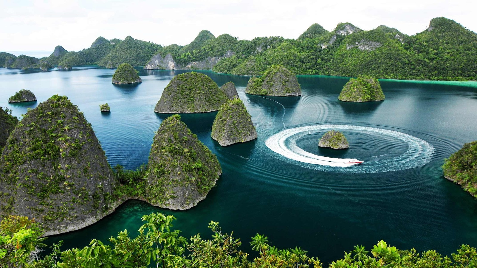 Raja Ampat Islands Wallpapers