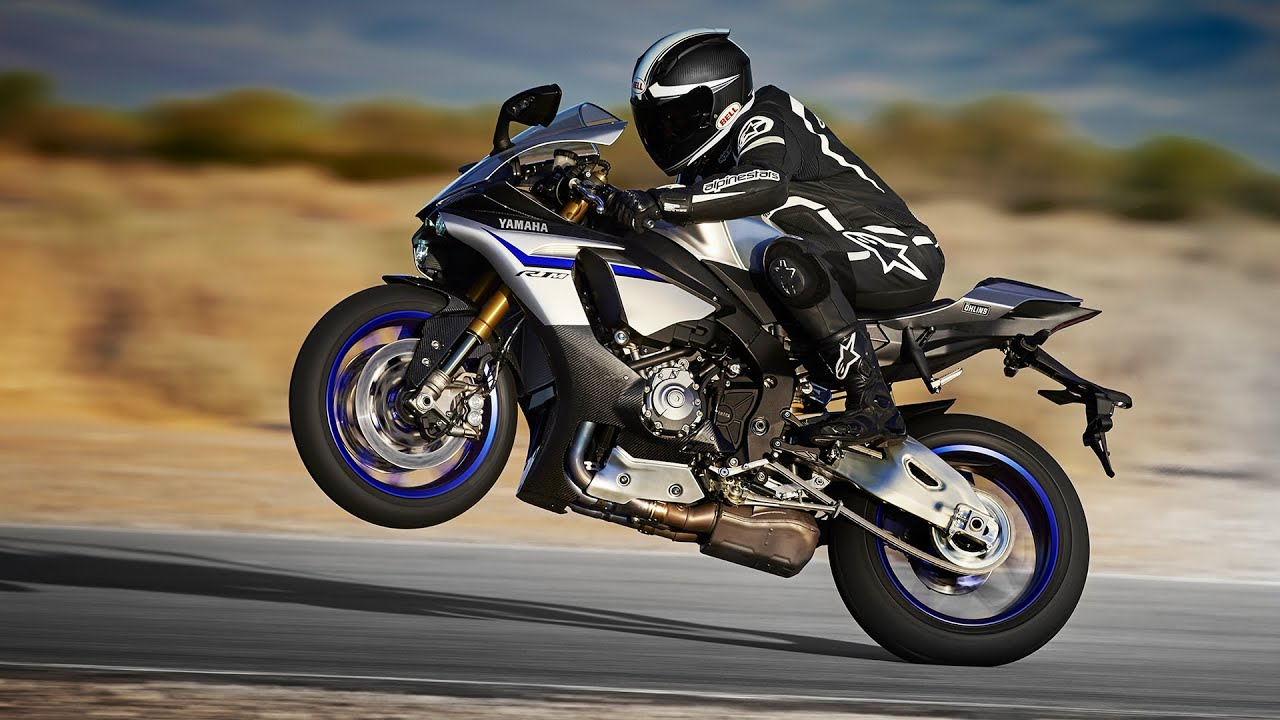 Yamaha YZF-R1M Supersport Motorcycle Wallpapers